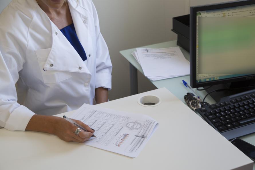 Tandbørsternes evne til at eliminere plak, reducere dannelsen af plak samt evnen til at forbedre tandkødets tilstand blev vægtet med 70 procent i tandbørsternes samlede vurdering. Foto: Matthieu Colin